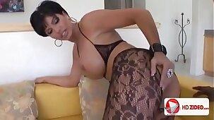 MILF Magnet HD Porn