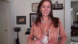 Sexy Julie MILF compilation