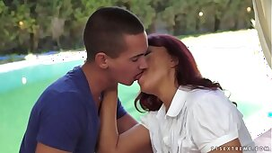 Kinky granny Livia and her teenager boyfriend