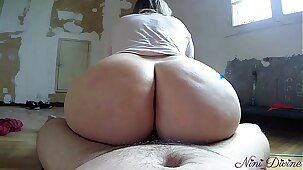 My step sister sucks me and lets me fuck her big ass during the work!